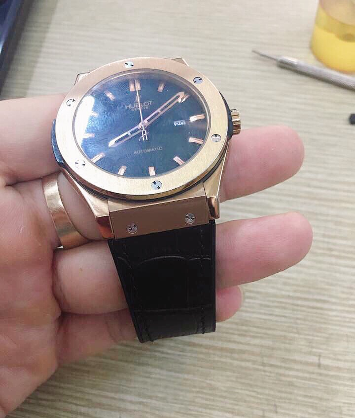 day dong ho hublot 1989watch